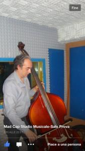Il Maestro Stefano Pagni compone a ... orecchio per Sensualità, mentre la sto registrando.