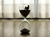 non-e-il-tempo-che-passa-attraverso-noi